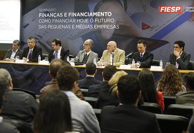 SEMINÁRIO DEBATE DIFICULDADES DE ACESSO AO CRÉDITO NA FIESP